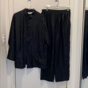 Bloomingdale's black pajamas, 2X